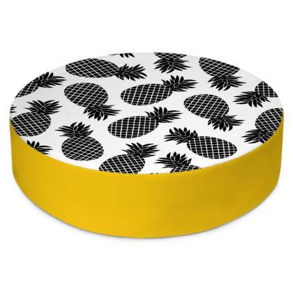 Pineapple In Black Round Floor Cushions