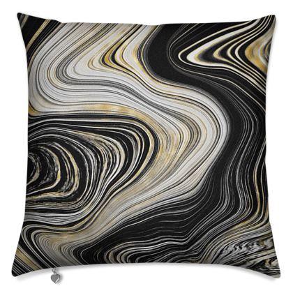 black and gold agate cushion