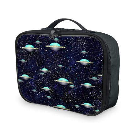 The living Universe - Lunch Bags - Outer space wars, alien spaceships, fantasy, stars, dark starry sky, flying saucers, children's gift for boys - design by Tiana Lofd