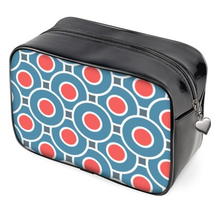 Japanese summer - Wash Bags - Geometric shapes, abstract, blue and red, circles, elegant vintage, trendy, sophisticated stylish gift, modern, sports, spectacular retro - design by Tiana Lofd