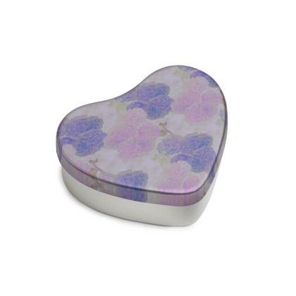 Sweet Heart Tin, Blue, Mauve, Flower  Hollyhocks  Currant Bun