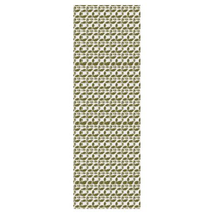 Deckchair with 'Strawberry Leaves' Print