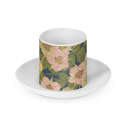 Strawberry Flowers (Dark) Cup