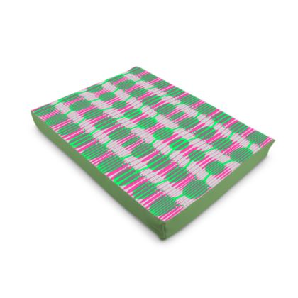 Green & Pink Geometric Printed Dog Pet Bed