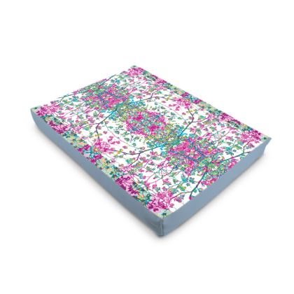Lilac Damask Dog Pet Bed