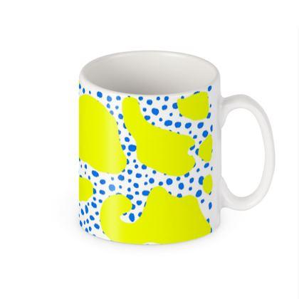 Spotty clam print Mug
