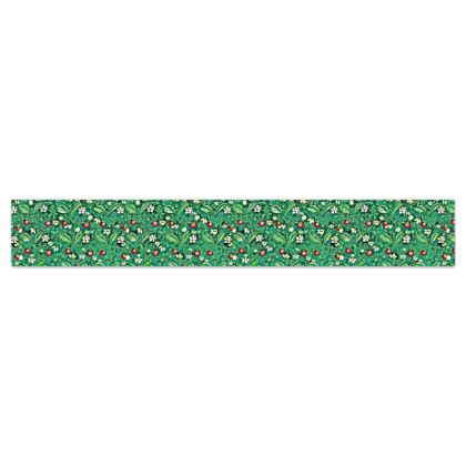 'Strawberries' Wallpaper Border in Green and Red