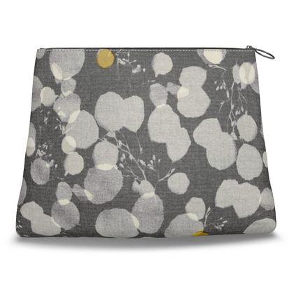 Noya Print Clutch Bag