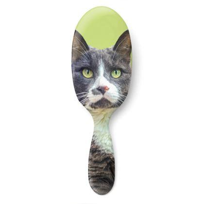 Green Eyed Feline Hairbrush Large