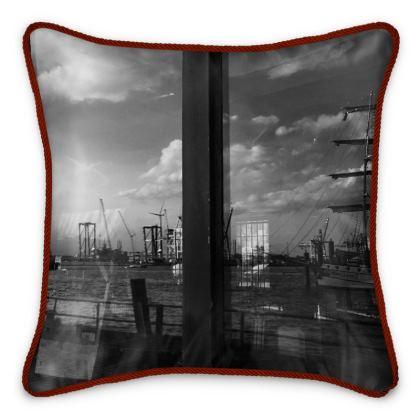"Silk Cushion ""Fliegender Hamburger II"""