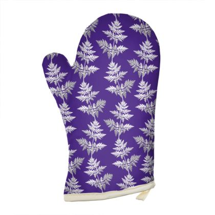 Forest Fern Oven Glove in Violet
