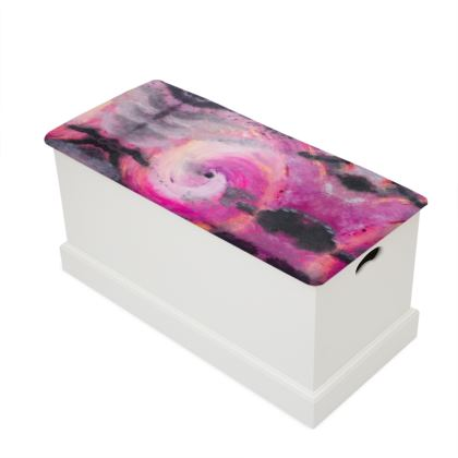 Pink Vortex Design Blanket Box
