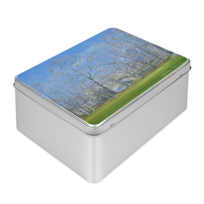 Radiant King's Biscuit Tin