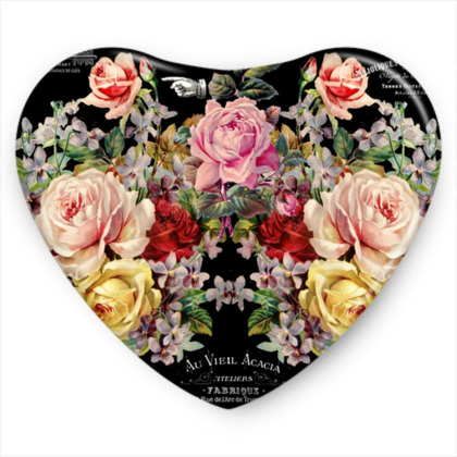 Nuit des Roses Sweet Heart Tin