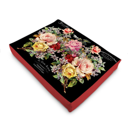 Nuit des Roses Pet Bed