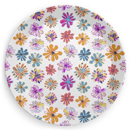 Rainbow Daisies Collection Party Plates