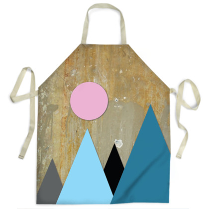 PEAKS BY NIGHT, Aprons