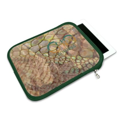 endlessChiC iPad Slip Case