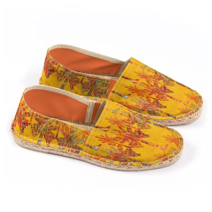 Oasis Collection Espadrilles