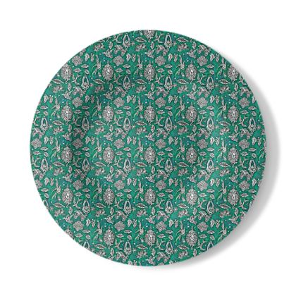 Decorative Plate with Fantasia Design in Green and White.
