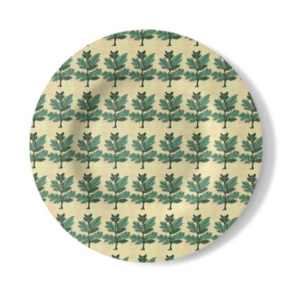 Decorative Plate with Vervayne Design in Cream and Green