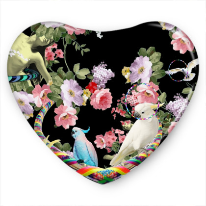 Cockatoos and Hoops Sweet Heart Tin