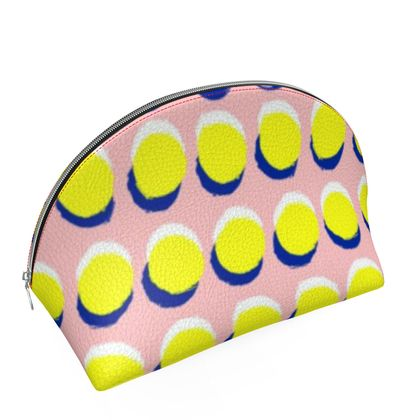 Hello There First Impressions Shell Cosmetic Bag in Yellow Spot