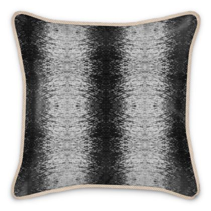 Silk Cushion Unda