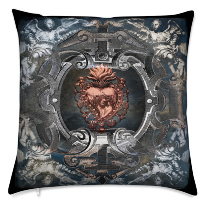 Sacred Heart - Velvet Cushion