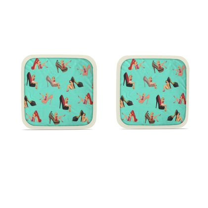 Hot Dish Pads with Well Heeled Print in Green