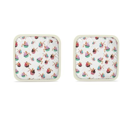 Hot Dish Pads with Pin-Up and Pastries Print in White