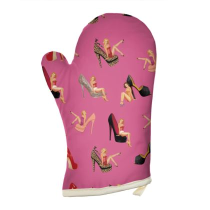 Oven Gloves with Well Heeled Print in Pink