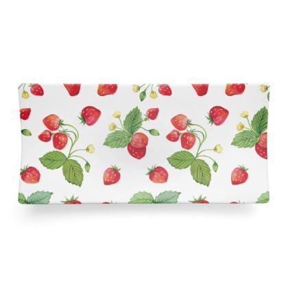 Sweet Strawberry Seder Dish