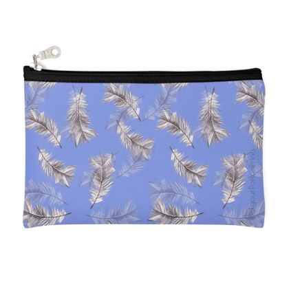 detailed feather violet pouch