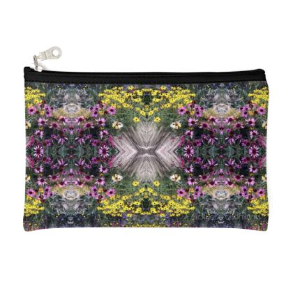 Flower garden pouch