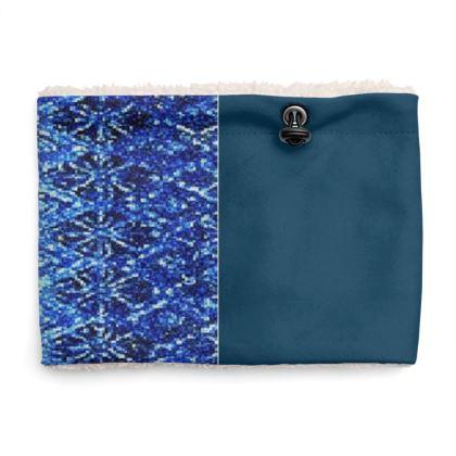 Shimmering Blue Diamond Design © Sherpa Snood