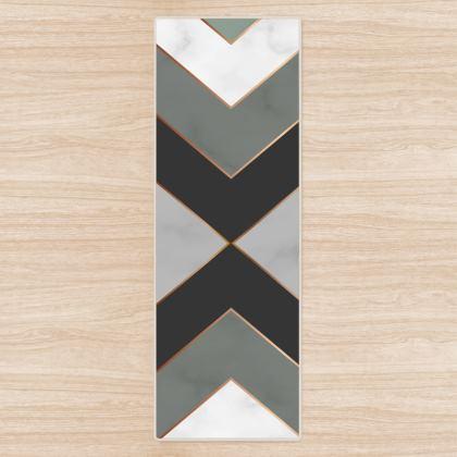 gray minimal geometrical yoga mat