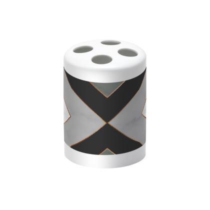 gray geometrical toothbrush holder