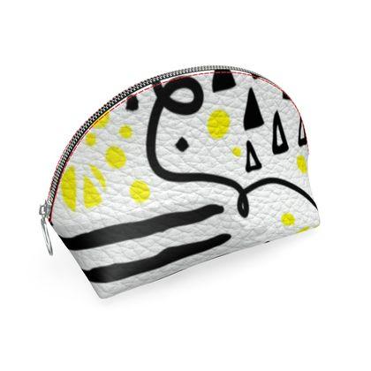 black yellow geometrical coin purse