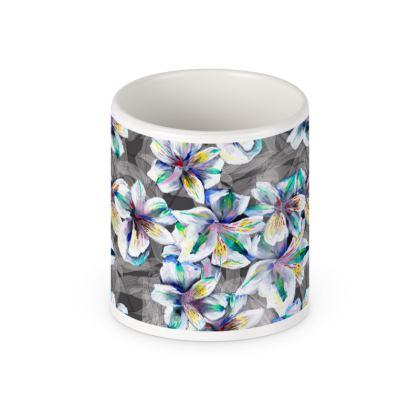 Colourful alstroemeria pot