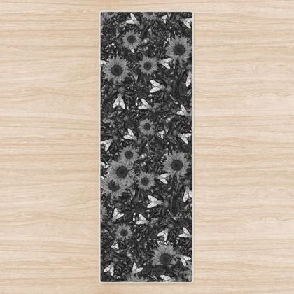 Flys and Flowers Yoga Mat