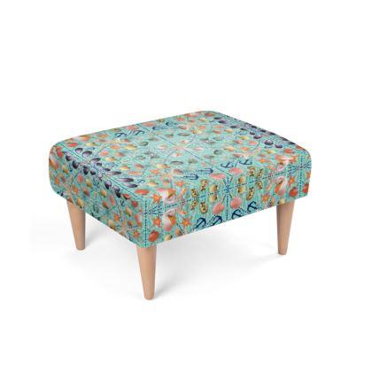 490,- Polsterhocker im maritimen Muschel Design, passend zum Sessel
