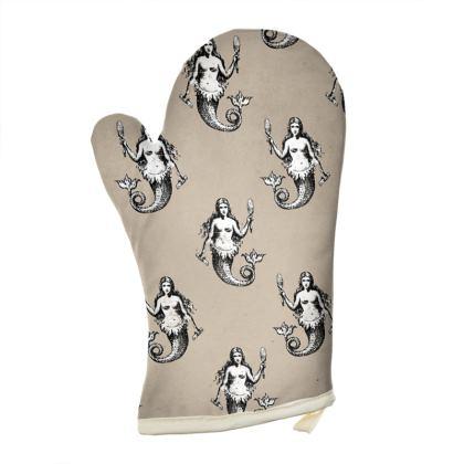 Mermaids Heraldic Set of 2 Oven Gloves.