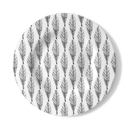 Black and White Feather Decorative Plate