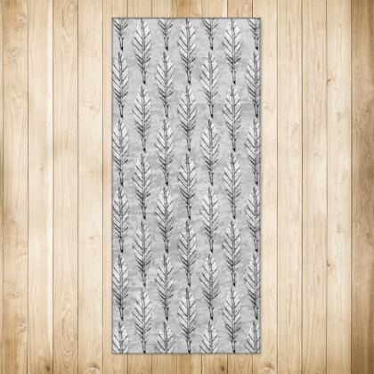 Black and White Feather X-Large Rug 128 X 290cm