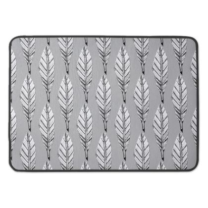 Black and White Feather Bath Mat