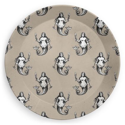 Mermaids Heraldic Ivory Party Plates Set of 4