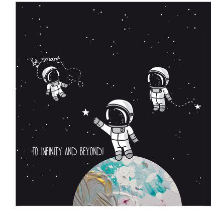 Astronaut on the moon infinity Shoulder Bag
