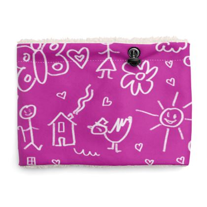Sherpa Snood Neck with Doodles Pattern in Pink
