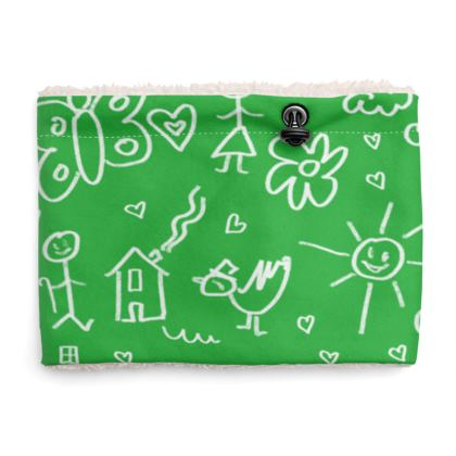Sherpa Snood Neck with Doodles Pattern in Green